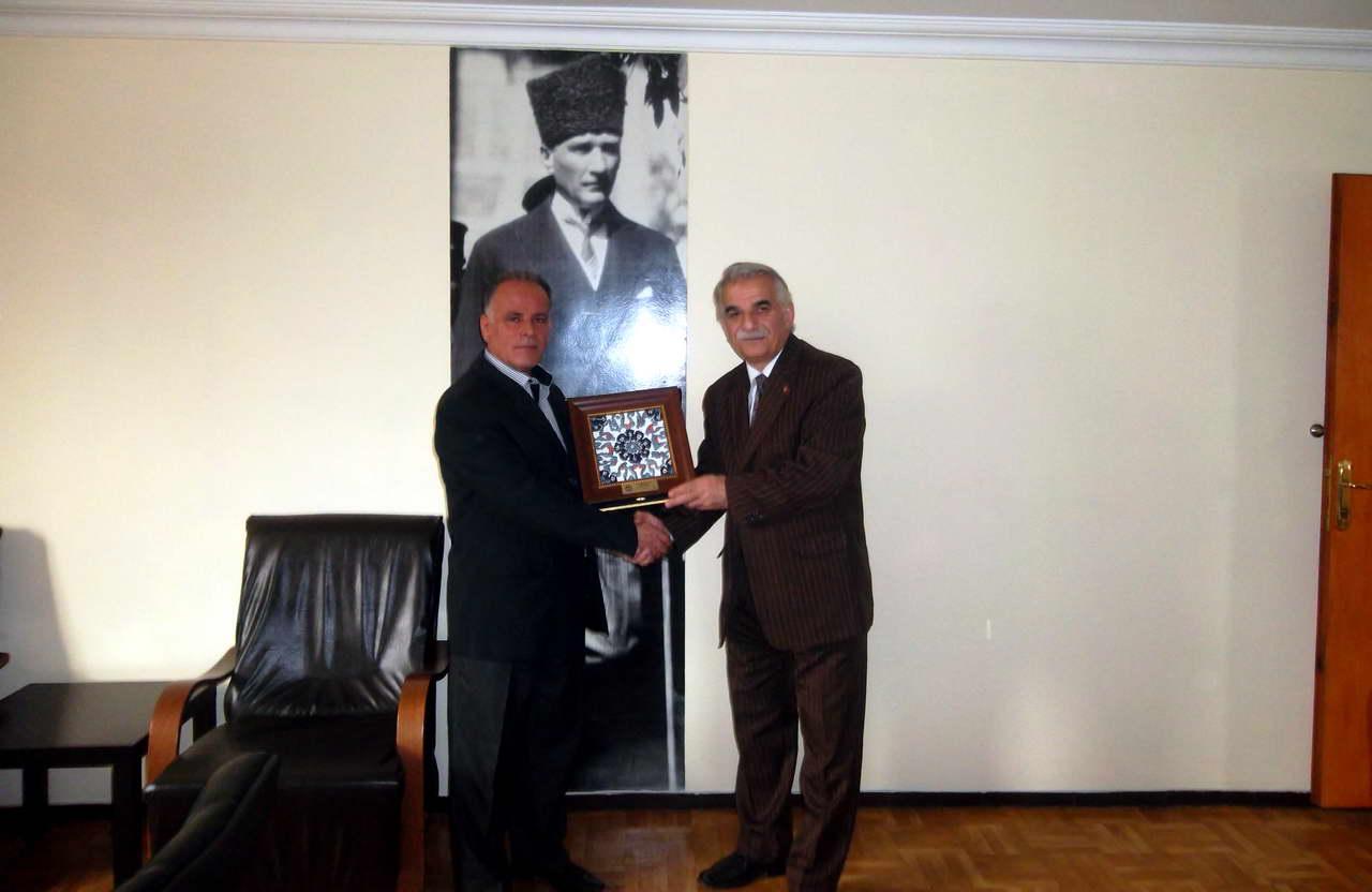 Bursa'da özel radyoculuğun öncülerinden Mehmet Önür-Cemal Elmas