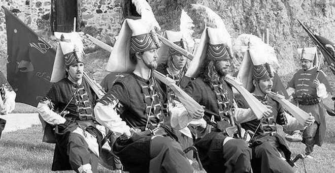 Bursalı Din Adamı Gazzizade Abdüllatif Efendi'nin Osmanlı Askeri Reformlarına Bakışı