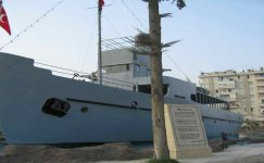 Nusrat Mayın Gemisi Tarsus'ta